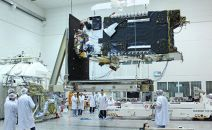 Who will build the Amos-8 communications satellite?