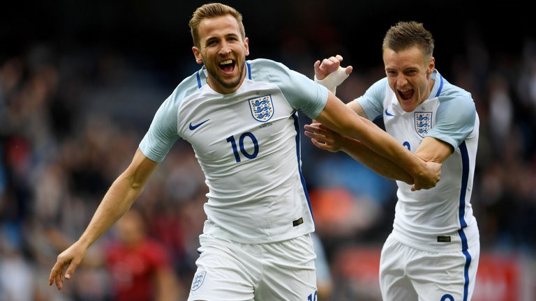 Harry Kane and Jamie Vardy are both Premier League top scorers