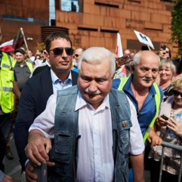 Veto Victory in Poland, Following Massive Protests: HRW Daily Brief