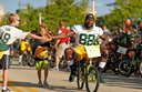 Kids lend Packers players bikes to ride to practice