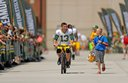 Bike kids show up, offer rides to Packers players