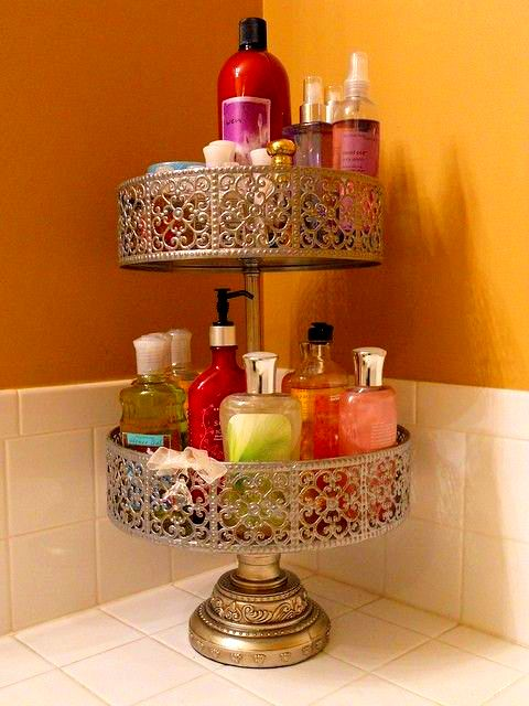 2. A cake stand to declutter your bathroom