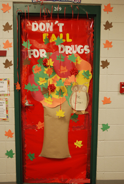 Great idea for Red Ribbon week. | School | Pinterest