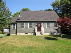 3 bedroom, 2 bath, cape style home for sale in South Thomaston on the coast of Maine