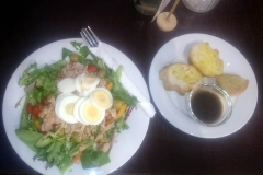 Tuna Nicoise Salad with Sliced Egg & Olives