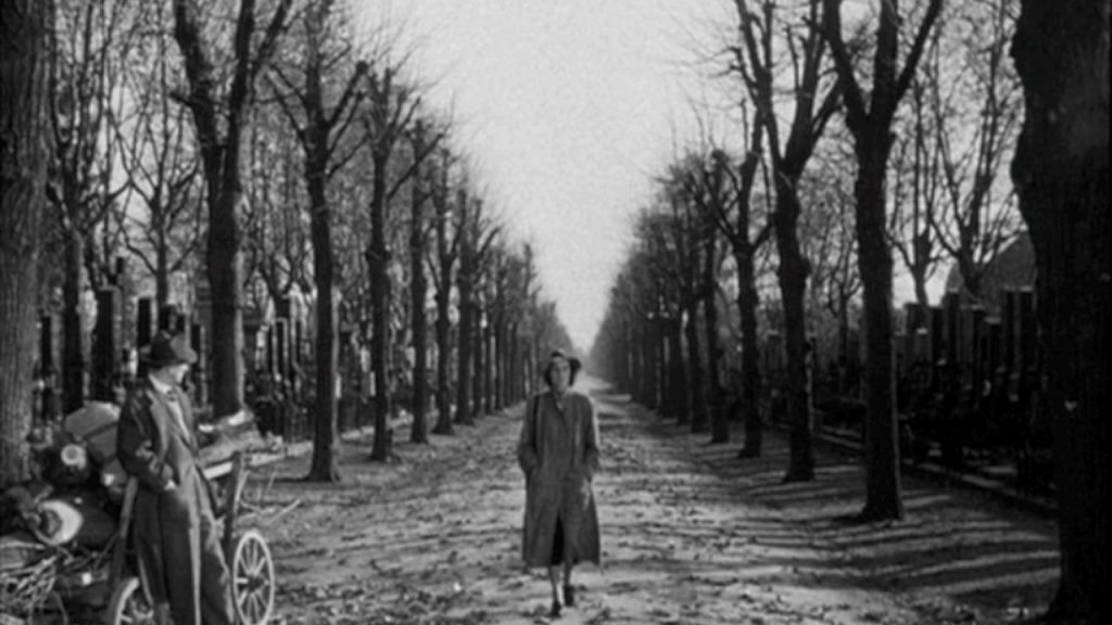 Joseph Cotten Third Man ending shot