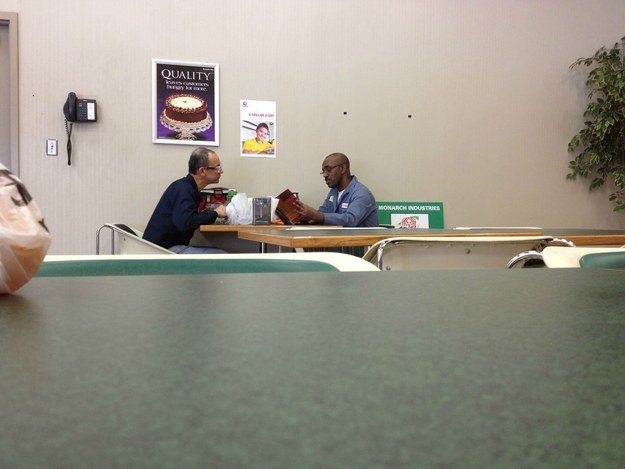 randome-acts-of-kindness-man-reading-to-another-man-every-week