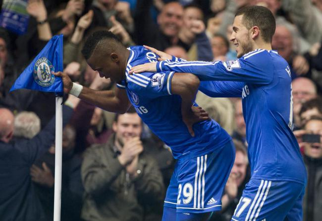 Chelsea's Samuel Eto'odid an 'old man' celebration after Mourinho questioned his age (Picture: AP)