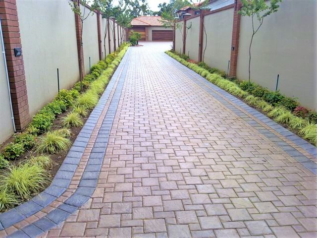 RESIDENTIAL PAVING INSTALLATIONS