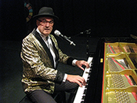 kimkinrade, royal caribbean piano entertainer
