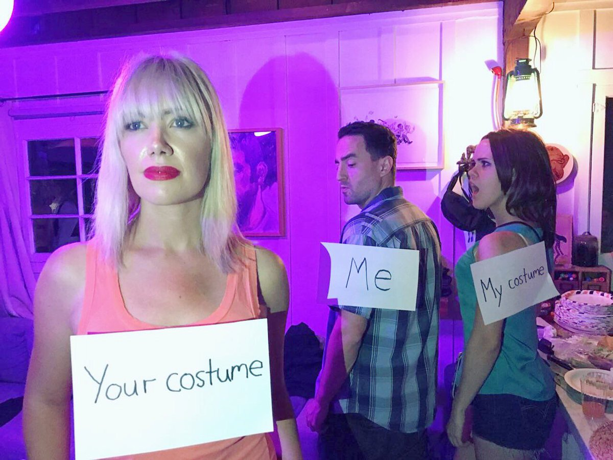 This 'distracted boyfriend' costume may have won Halloween