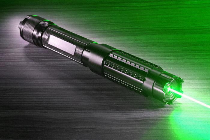 Grüner 10000mW Laserpointer