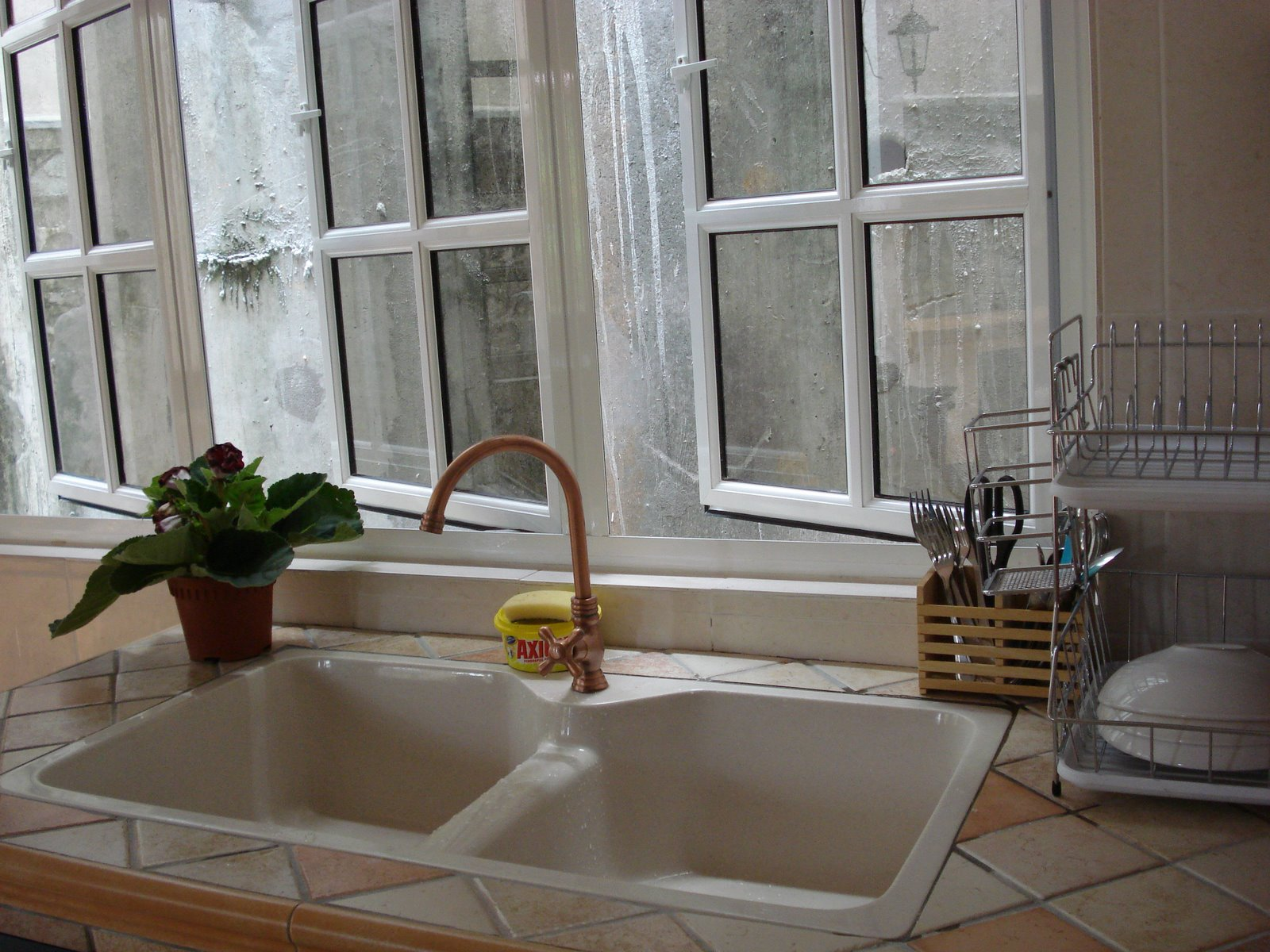 Image of: How to Care for a Copper Kitchen Sink