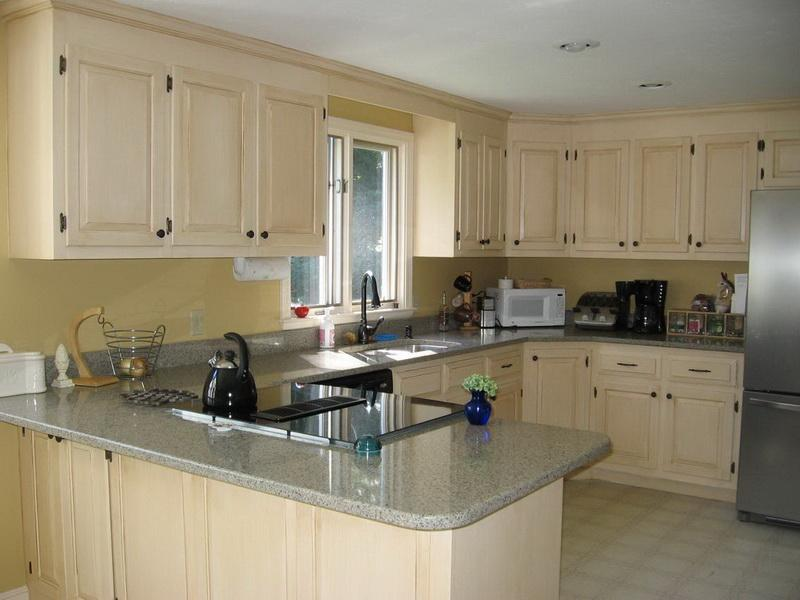 Image of: How to Paint Oak Kitchen Cabinets