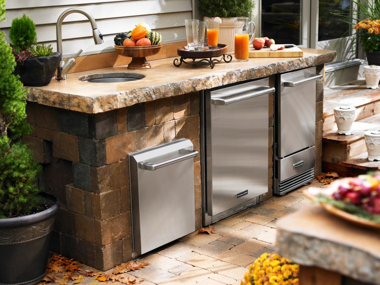 Image of: Modular Outdoor Kitchen Sink