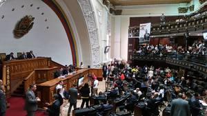 La diputada Dinorah Figuera, en el debate de dicha propuesta, manifestó que ?el 80% de la población venezolana vive en condiciones de pobreza?.