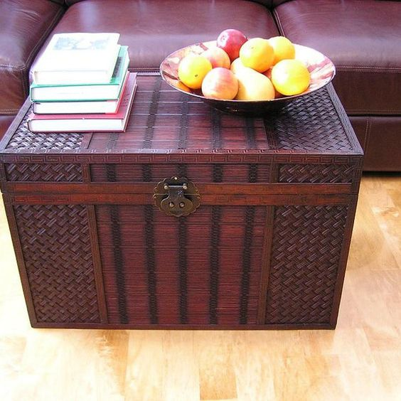 1 wicker trunk coffee table
