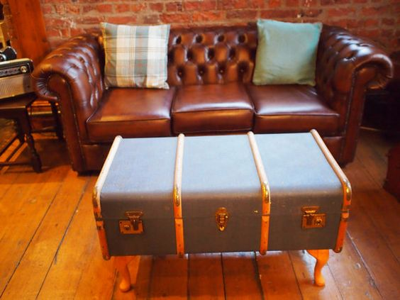 4 vintage trunk coffee table