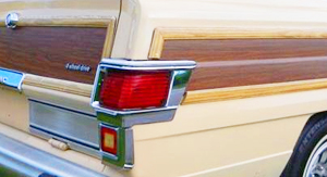 Tail lights on SJ Wagoneers through 1983 looked like this.