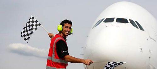 instr 500x222 - Daniel Ricciardo Autograph Requests