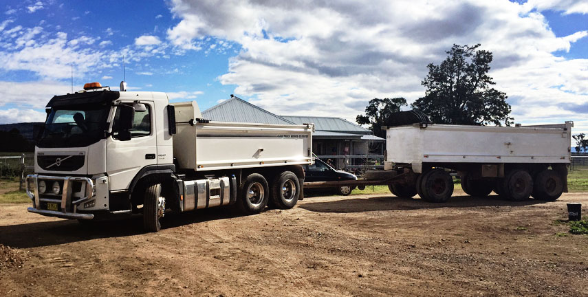 Earthmoving Hunter Region, Digger Hire Scone, Truck Hire Muswellbrook