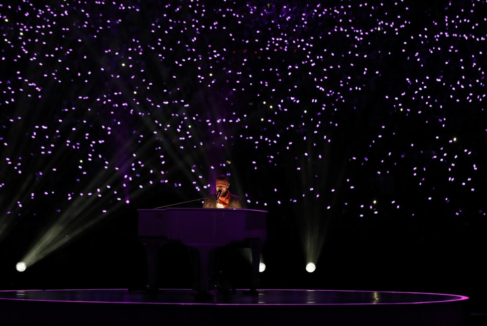 With a background of lights in the stands at U.S. Bank Stadium, Justin Timberlake played the piano and sang during the halftime show at Super Bowl LII.