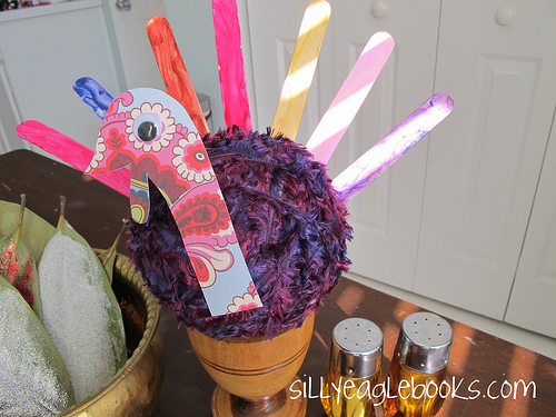popsicle stick thanksgiving turkey centerpiece