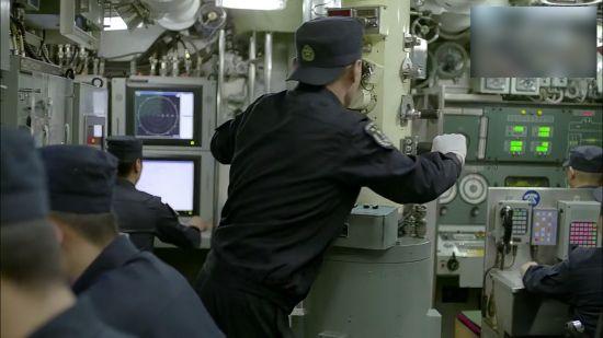 中国039潜艇指挥舱曝光
