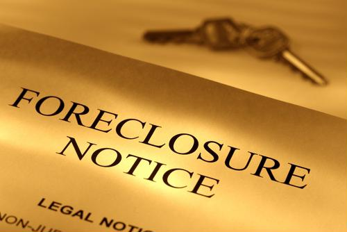 US foreclosures heading toward a 6-year low