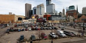 Surface parking at 1022 Hennepin Ave, Minneapolis, MN ] JOELKOYAMA•jkoyama@startribune Minneapolis, MN on March 28, 2014. One of the most common