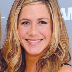 Jennifer Aniston - How to look good in your 40s
