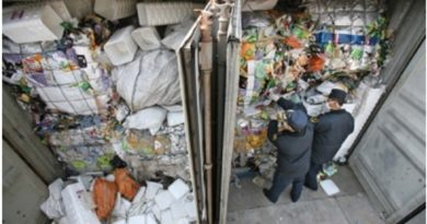 China Launches Customs Crackdown on 'Smuggling of Foreign Rubbish'