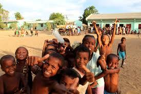 images?q=tbn:ANd9GcRSHqXxpgCLQONMAqQ79cFniYIs1ZAA4tP-UuQThBspxZa3vXS30w Voyage en Madagascar