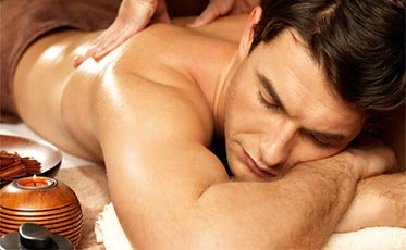 Abhyangam massage in Patnem Goa