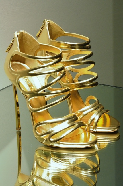 high-heels-shoes-luxury-rich-large