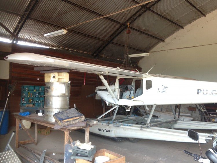 We had a block and tackle to lift up the wing attach points. then things under each wing to stabelize it