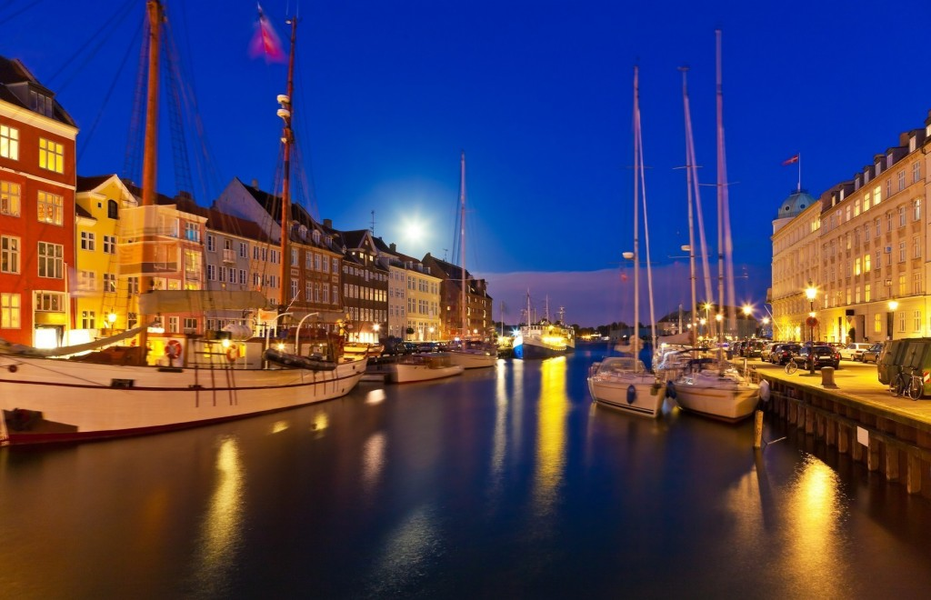 Night scenery of Nyhavn in Copenhagen, Denmark