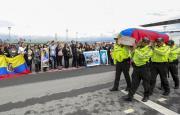 Trasladan a Ecuador cuerpos de periodistas asesinados