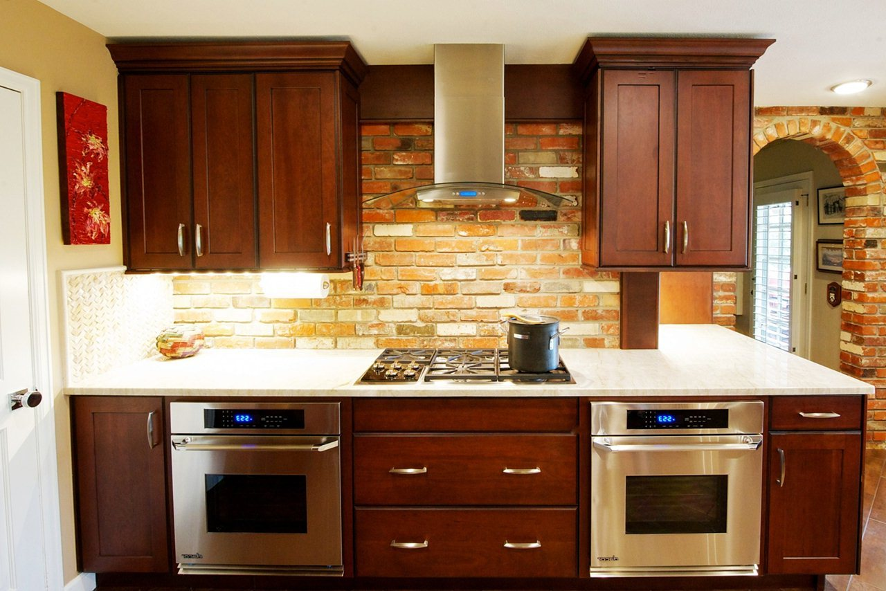 Image of: Staining Kitchen Cabinets Ideas