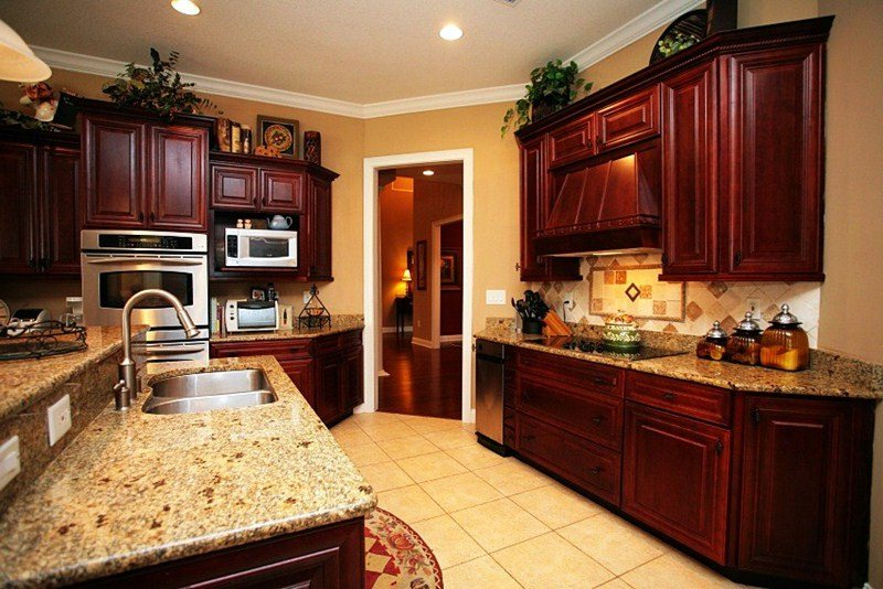 Image of: Restaining Kitchen Cabinets