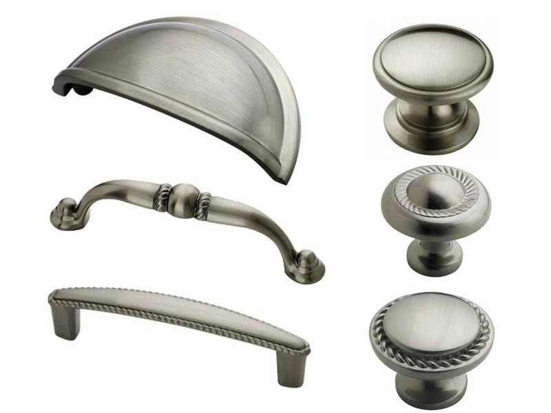 Image of: Kitchen Cabinet Knobs and Handles