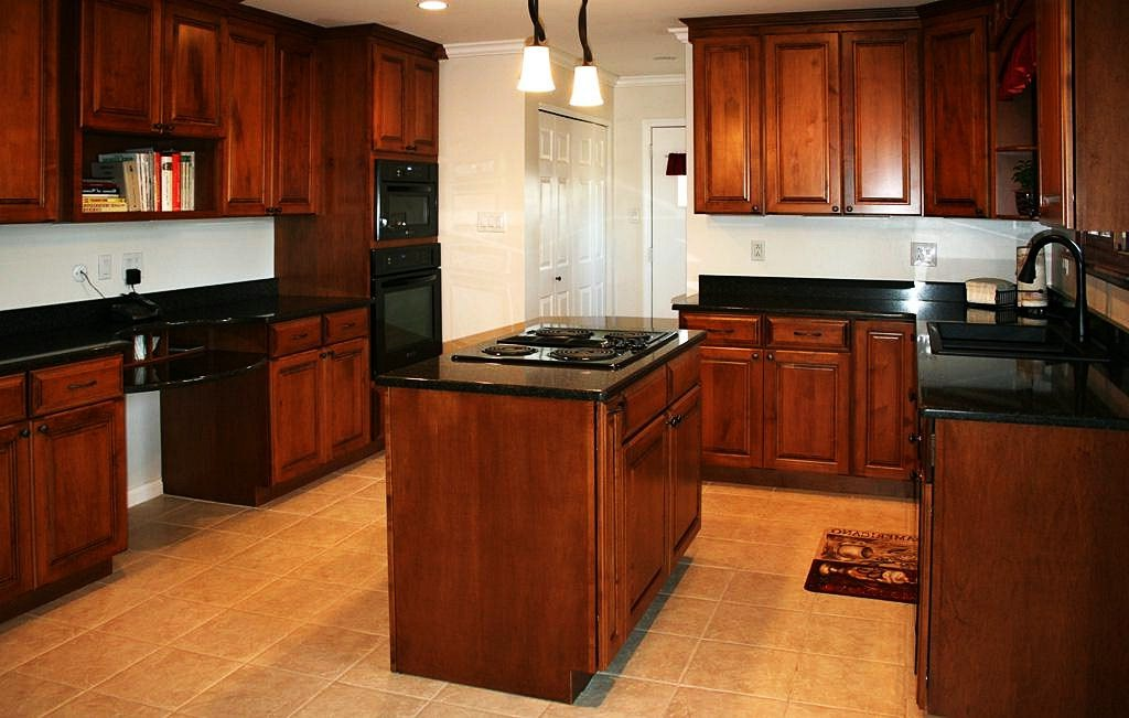 Image of: DIY Staining Kitchen Cabinets