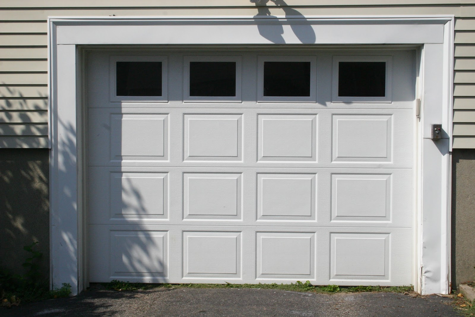 ... Guide to Repairing Garage Door Windows - Perfect Solutions Garage Door