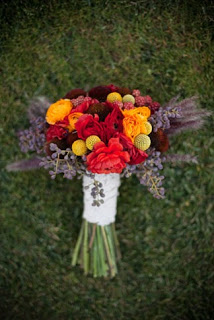 Exploring Themes: Autumn Barn Elegance - fall+bouquet