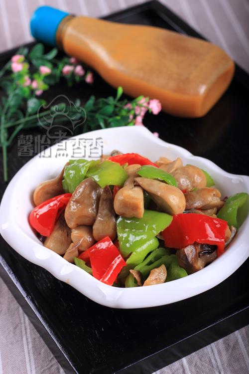【浓醇高汤让味道更鲜】--- 青椒炒草菇的做法