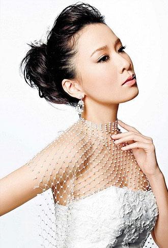 超美秋意绵绵发型设计与脸型搭配 人气非主流美女