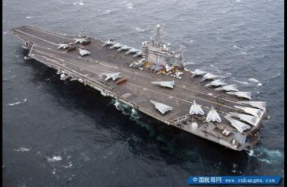航空母舰 为什么能装那么多舰载机?