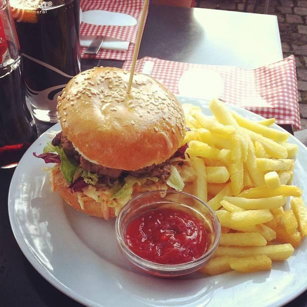 piccologiardino-burger-zurich