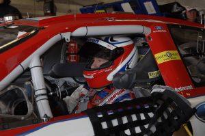 auto-racing-583544_960_720