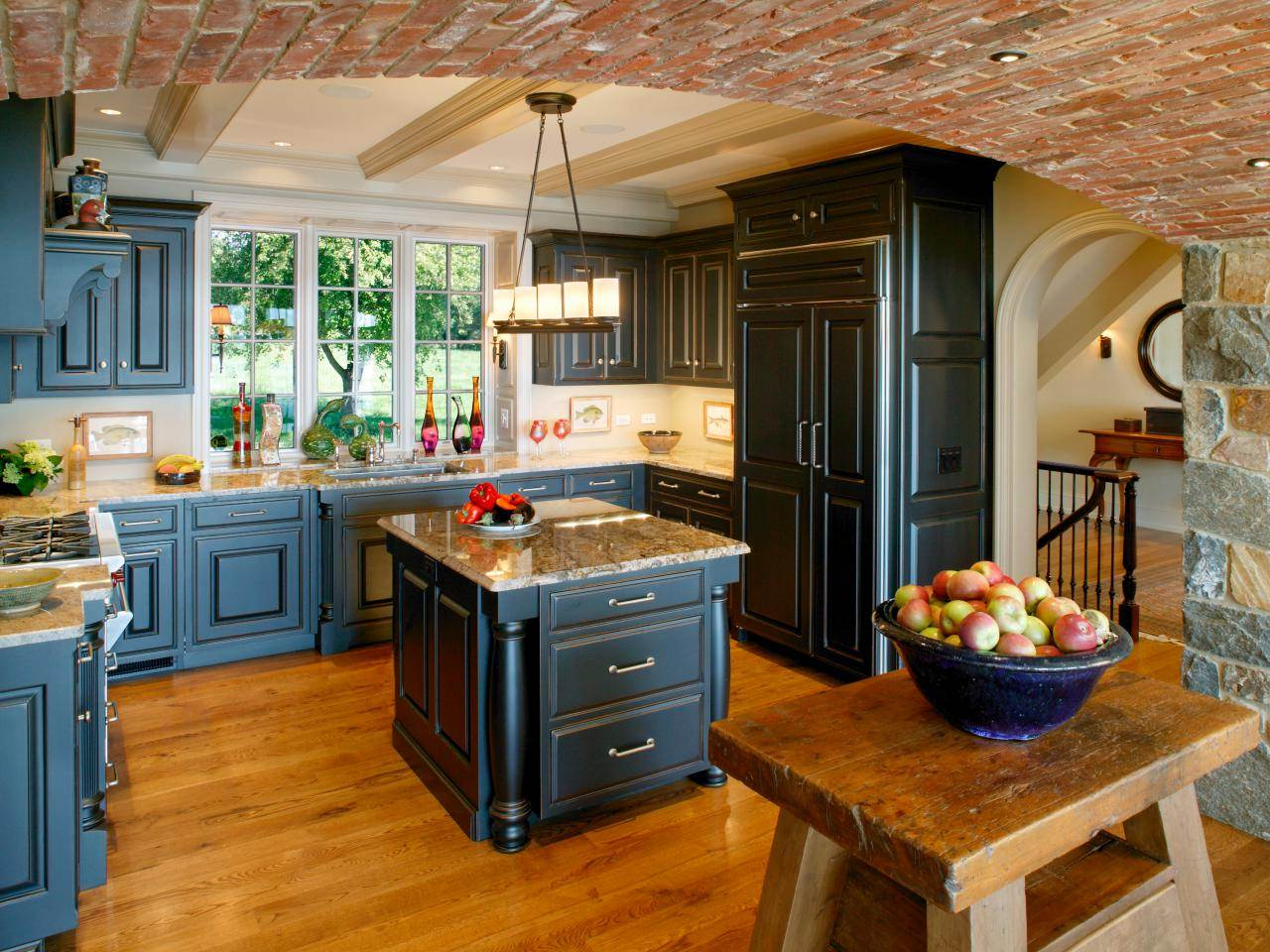 Image of: Images of Distressed Kitchen Cabinets